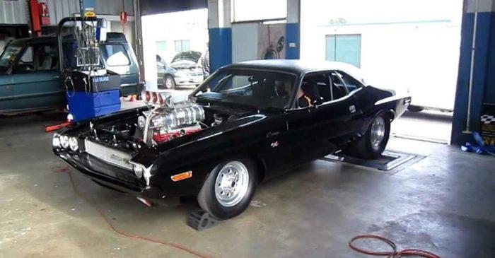 1,600-HP Dodge Challenger Dominates Dyno Run