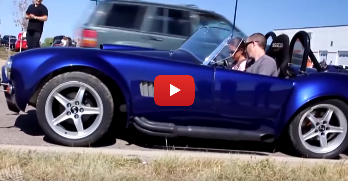 Driver Crashes Shelby Cobra While Trying to Look Cool