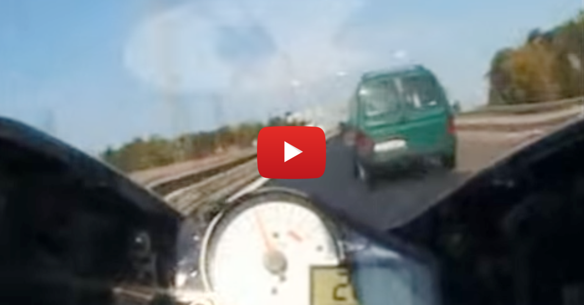 Motorcyclist Rides Over 42 Miles in Under 15 Minutes in This Very Illegal Run