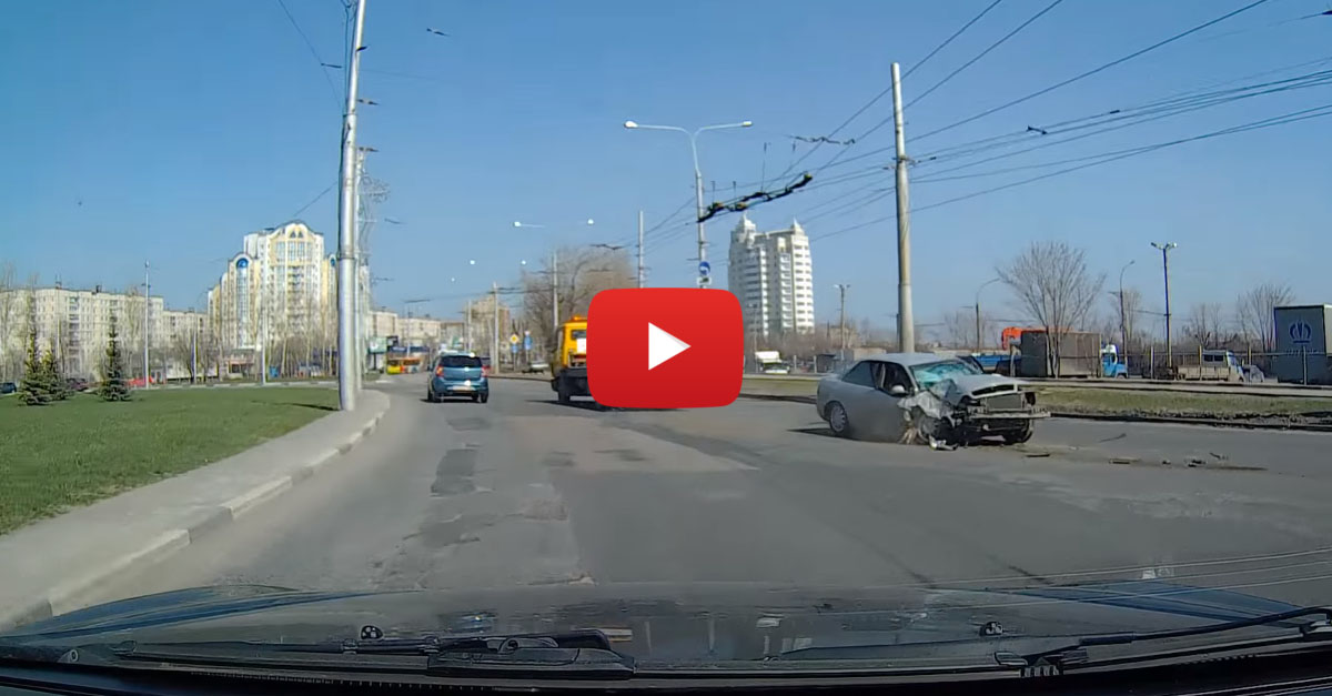 Tow Truck Drivers Loses Tow, Keeps On Trucking