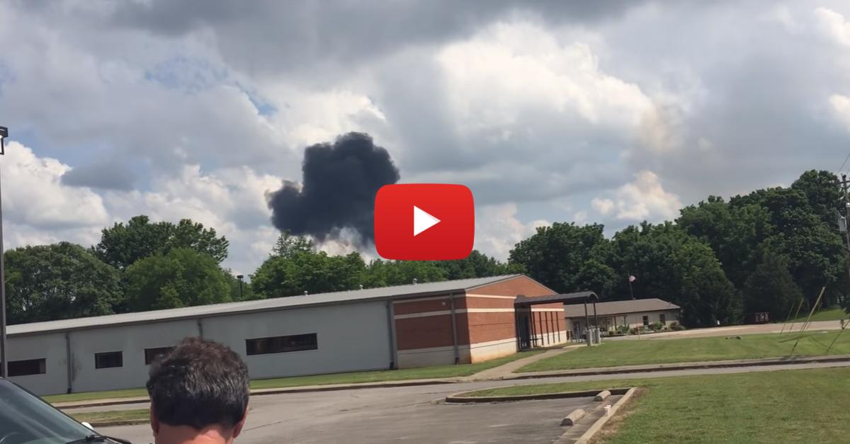Eyewitness Captures Fatal Blue Angels Crash