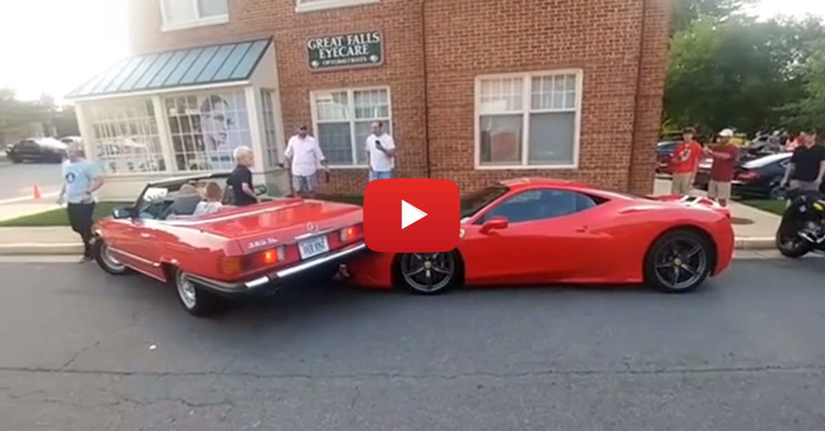 Mercedes-Benz Roadster Crashes Into Ferrari 458 Speciale While Parking