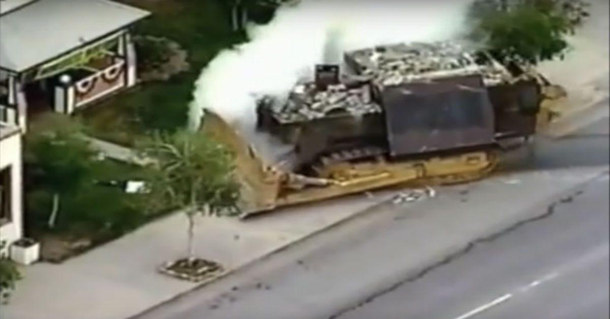 colorado man destroys town