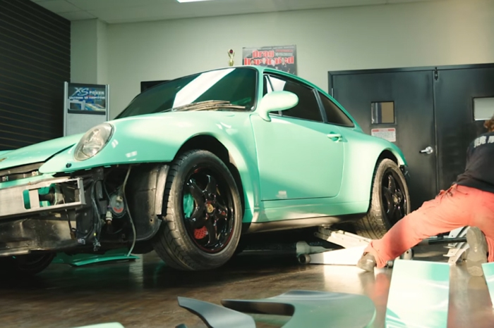 [VIDEO] Akira Nakai Builds Another Beautiful RWB By Hand In This Short Doc