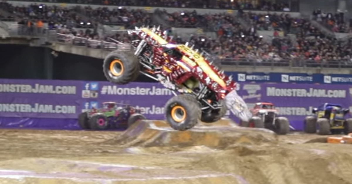 Neil Elliot Wins Monster Jam Freestyle With Ridiculous Max D Backflip