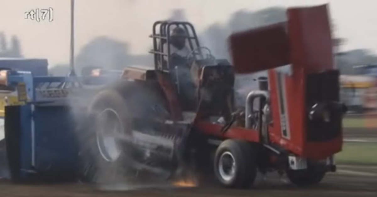 Tractor Destroys Itself During a Pull Contest and the Engine Flies Out