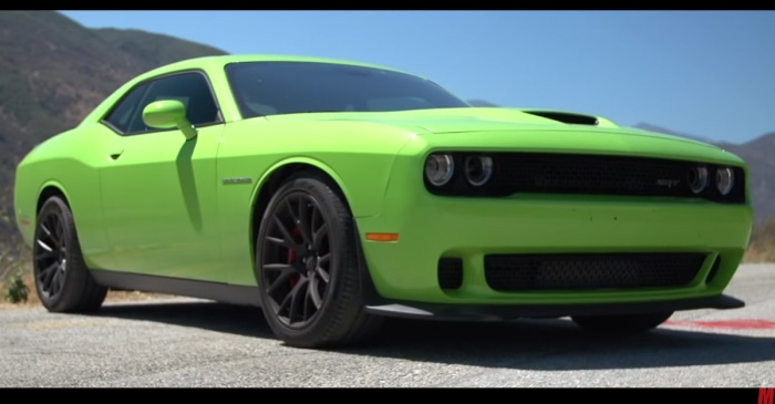Dodge slashes prices on 707 hp Hellcat with unprecedented discounts