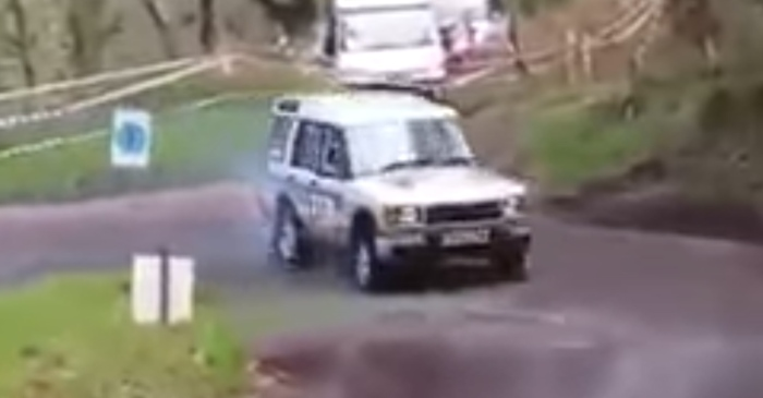 Land Rover with a BMW M3 engine nails hairpin drift like a boss