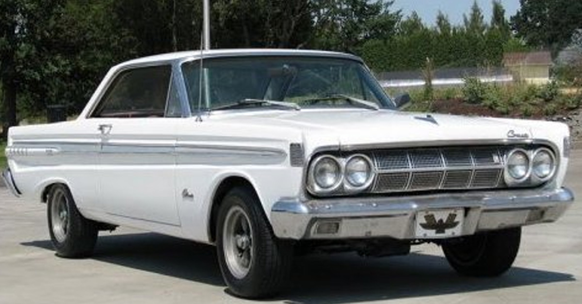 90-Year-Old Woman Still Drives Her 1964 Comet Caliente Every Day