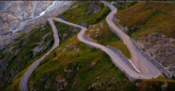 This travel guide to the Furka Pass will have you packing tonight