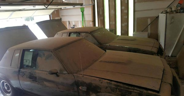These guys got twin Grand National barn finds for a quarter of the asking price