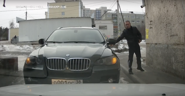 This BMW road rage incident ends with a hilarious winning move