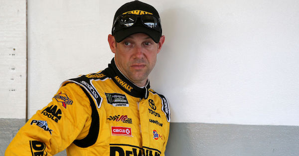 Matt Kenseth posts a hilarious tweet after wrecking his car at Richmond the day before
