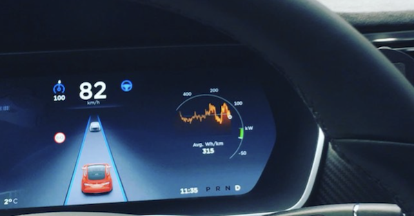 One driver found out why Tesla's autopilot is still not considered a finished product
