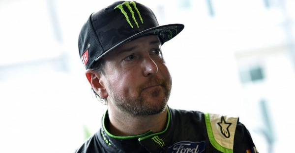Kurt Busch makes his first comments since Stewart Haas Racing didn't renew his contract