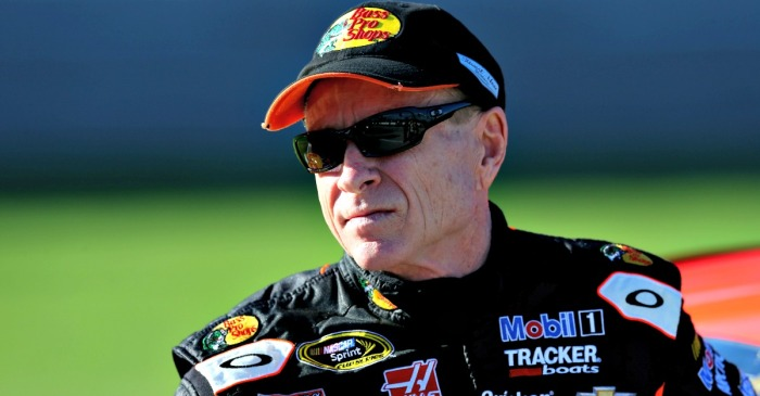 "In a quick reversal, NASCAR legend Mark Martin removes critical tweet, ""regrets"" it"
