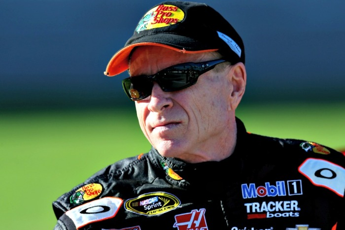 "In a quick reversal, NASCAR legend Mark Martin removes critical tweet, ""regrets"" it"