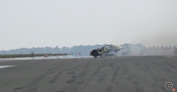 A 2000 horsepower Nissan GTR spun out on the track and the result was terrifying