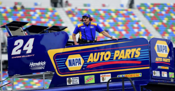 Chase Elliott's crew chief issues veiled threat after Martinsville melee