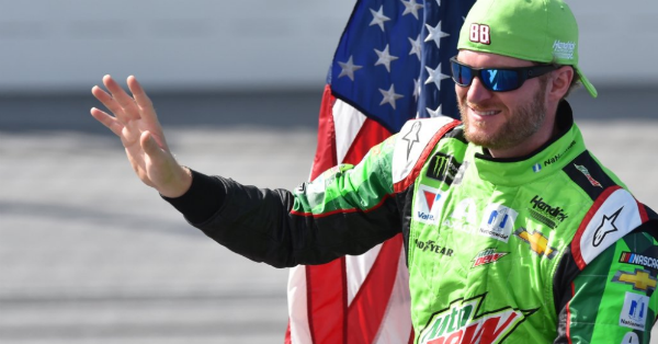 Dale Jr. changes course and will give fans a real treat at Martinsville