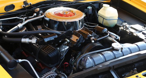 Here's why your car engine loses power over time