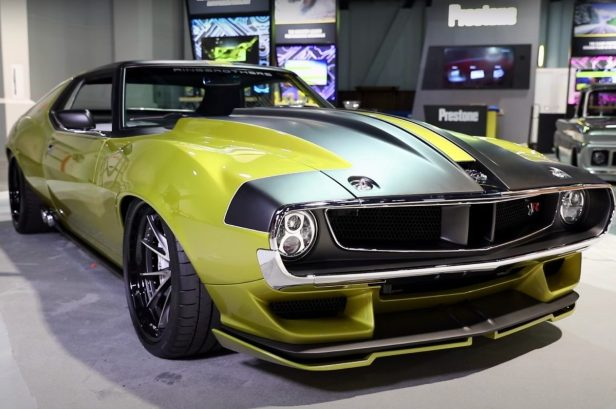 This '72 AMC Javelin Powered by a Hellcat Makes 1,110 Horsepower