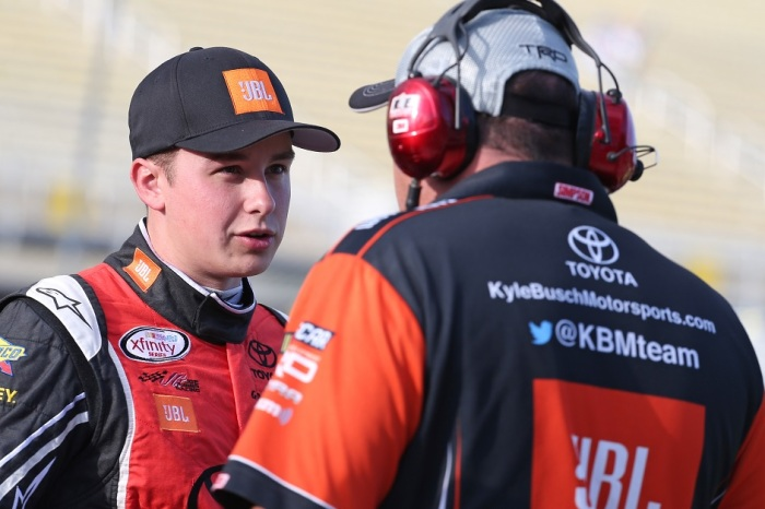 Two prominent NASCAR analysts have a surprise pick for the Xfinity champ