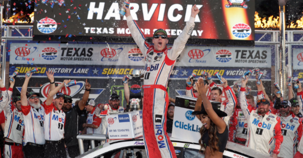 With a win at Phoenix, Kevin Harvick will make NASCAR history
