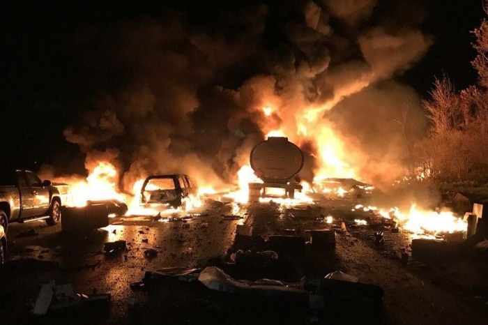 """14-vehicle pileup includes fuel tankers that explode, causing death and """"Armageddon"""""""