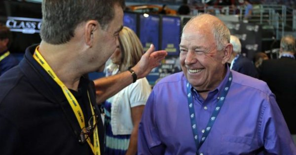 NASCAR Hall of Famer and two-time champion badly hurt after awful car wreck
