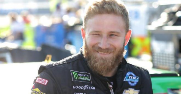 Jeffrey Earnhardt's hunting adventures continue, and this time he makes a catch in frigid weather