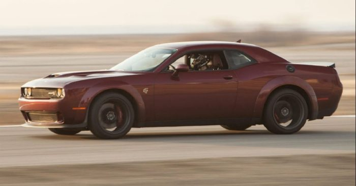 Is the Dodge Challenger Hellcat Widebody Any Good on Its Home Turf?