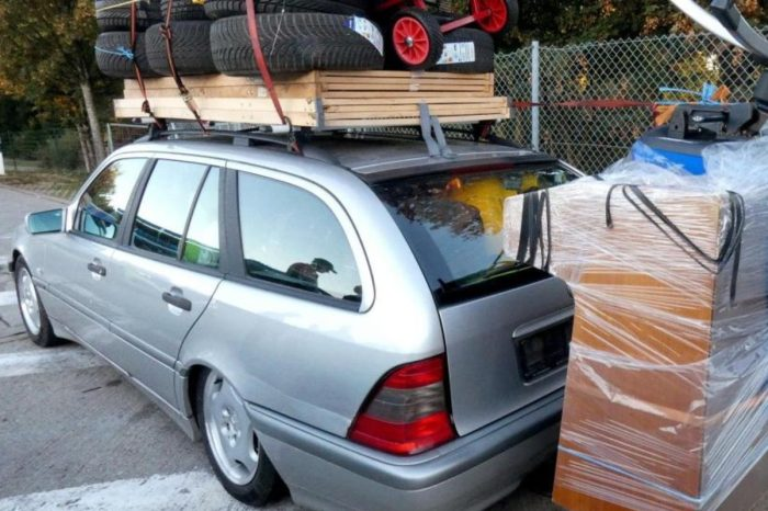 Station Wagon Gets Pulled Over for Hauling Ridiculous Load on the Autobahn