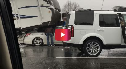 driver trapped under rv