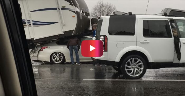 RV Almost Crushes Driver After Extreme Highway Crash