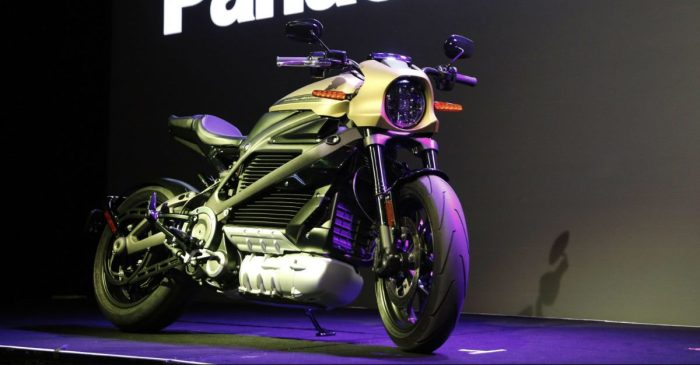John Deere and Harley Davidson Debut Groundbreaking Tech at Las Vegas Gadget Show