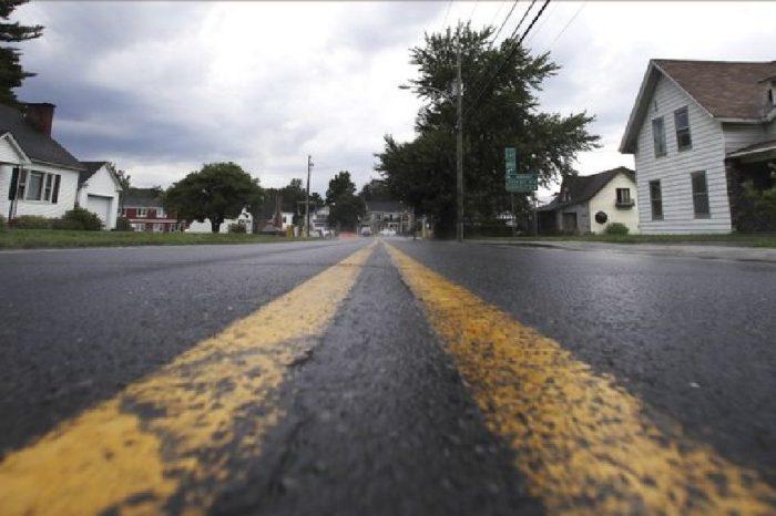 Toronto Neighborhood Fixes Traffic Problem With Ingenious Solution