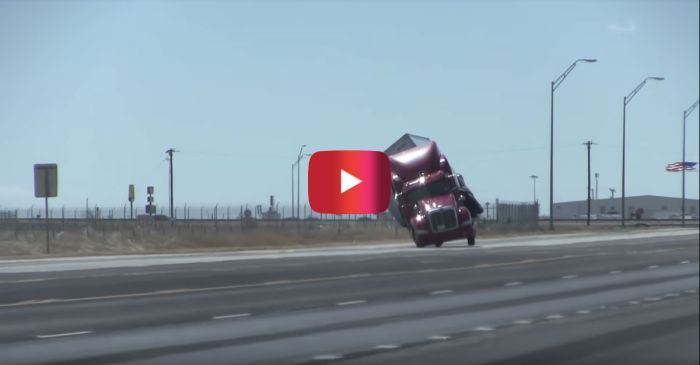 Extreme 80 MPH Winds in Texas Knock over Semi Trucks Like They Were Nothing