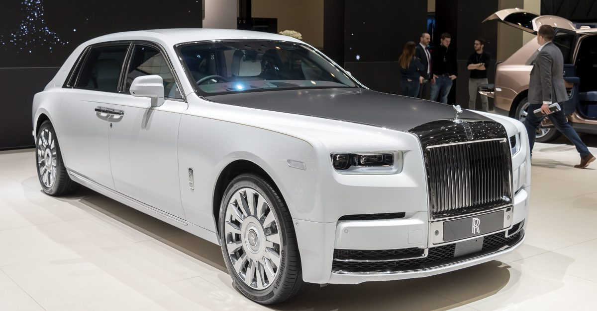 2019 Rolls-Royce Phantom Featured Image