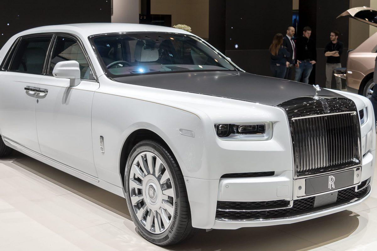 2019 Rolls-Royce Phantom Featured Image