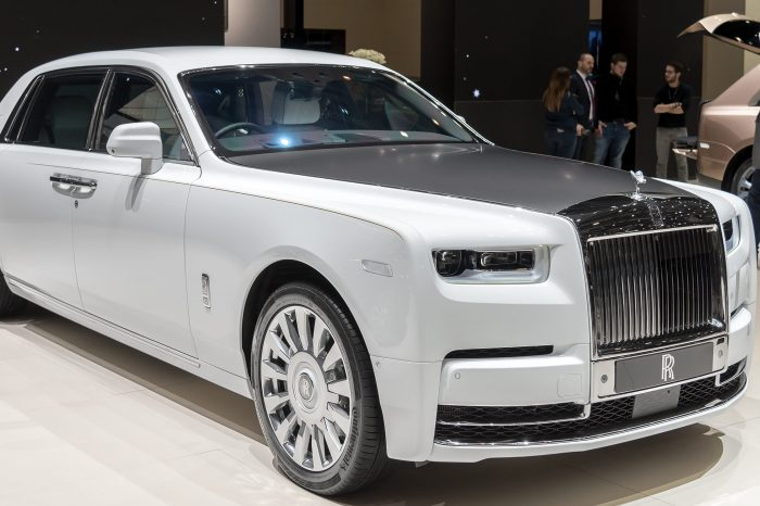 Nothing Says Rich Like the 2019 Rolls-Royce Phantom: Here's What You Get and How Much It Costs