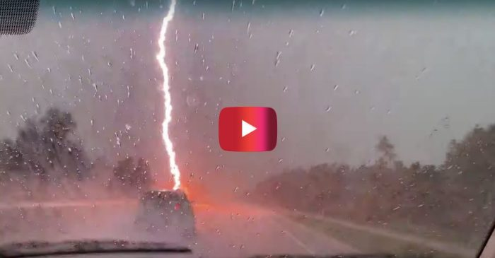 Explosive Lightning Storm in Florida Makes for Quite the Show