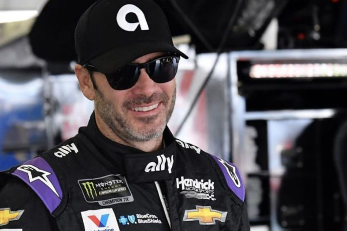 Jimmie Johnson Gets New Crew Chief After Missing out on Playoffs