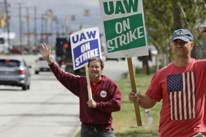 How the GM Strike Is Affecting Workers, Dealers, and Car Owners
