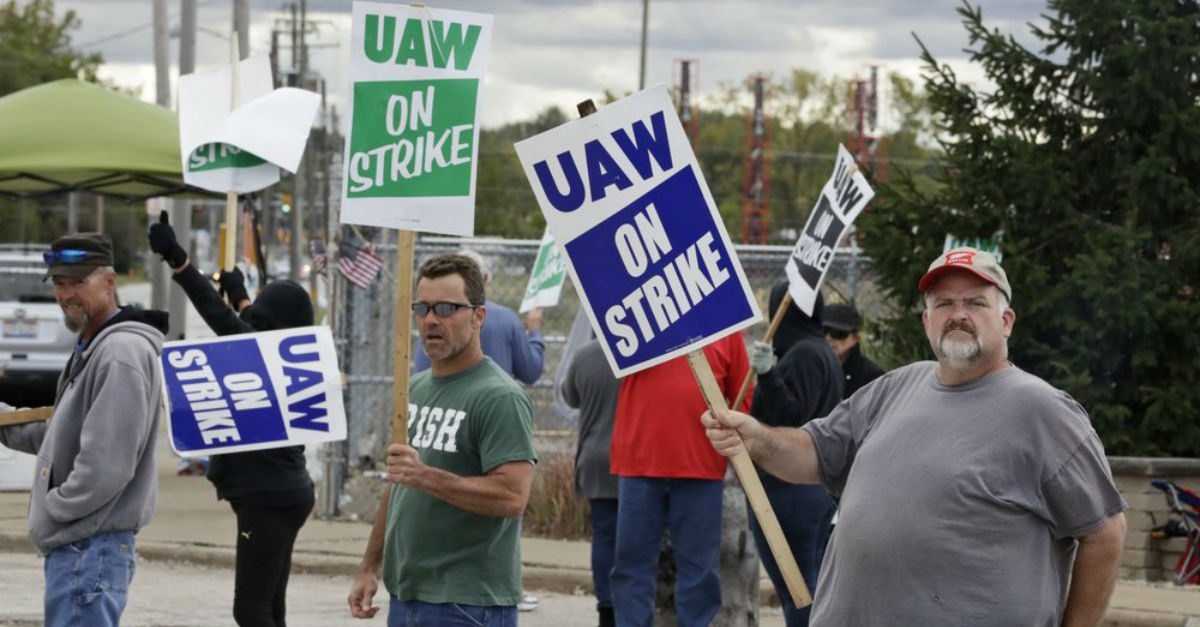 """GM Strike Continues as Talks """"Have Taken a Turn for the Worse"""""""