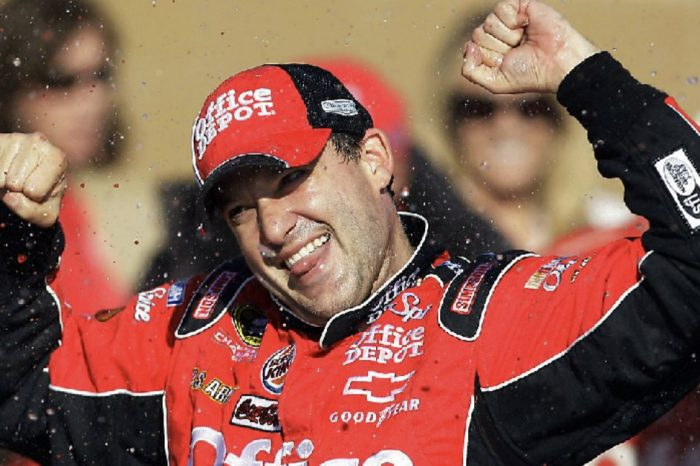 Tony Stewart's Net Worth: What 20+ Years of NASCAR Domination Looks Like