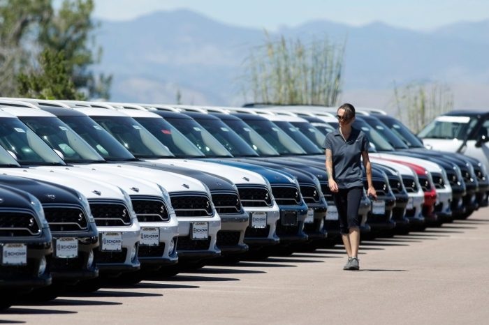How to Find a Car Dealership That Won't Cause You Massive Headaches