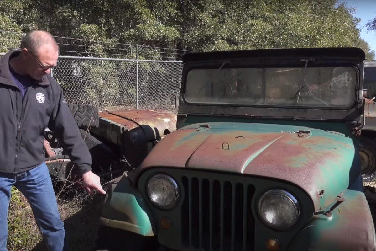 barn find hunter '60s jeep
