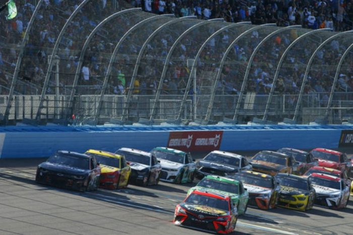 NASCAR Bounces Back From Ryan Newman Wreck With Exciting Phoenix Race