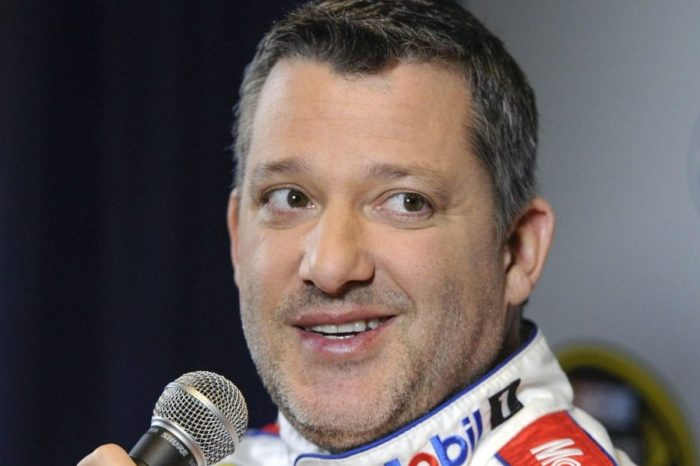 """Tony Stewart Says NASCAR Needs More """"Drivers That Have Personality"""""""